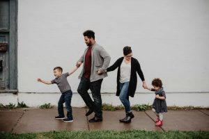 screens to presenting parenting family time